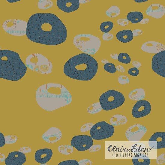 Claire_Eden-Floating_Flora550