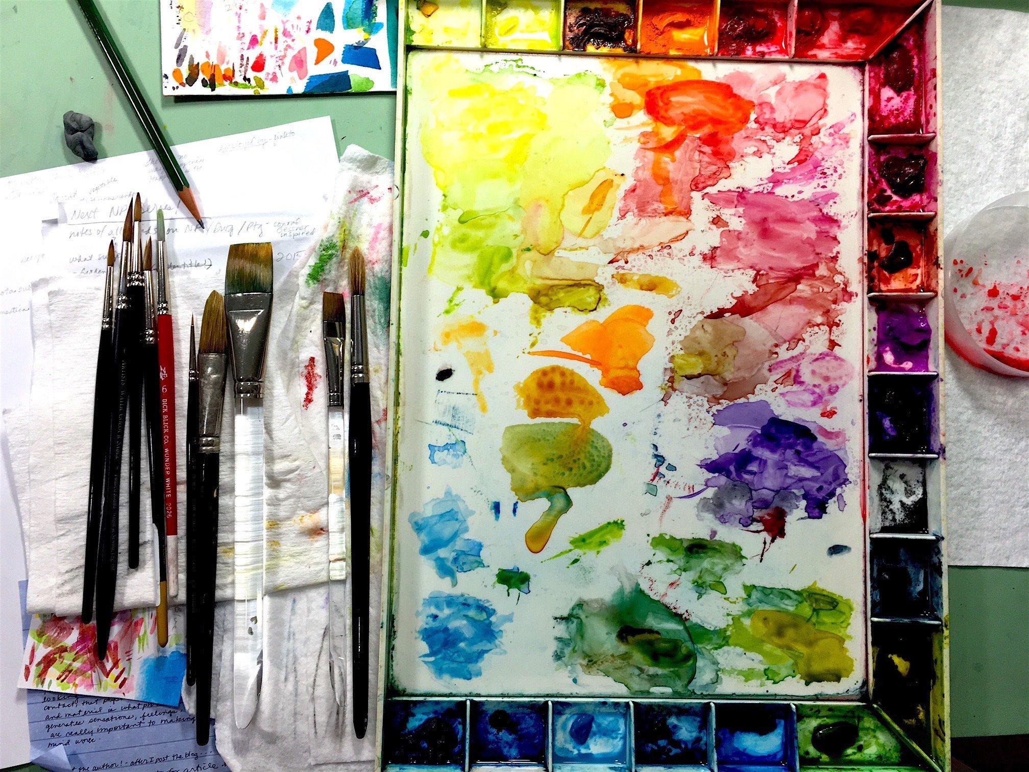 LauraBethmann_watercolor_palette_on_worktable